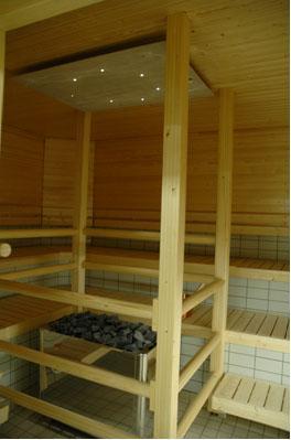 Lieksan uimahallin saunatila.