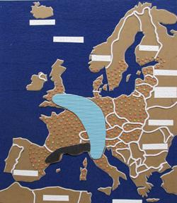 Tyhjiömuovikartta, jossa näkyy Eurooppa.