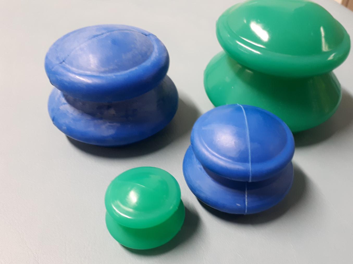 imukuppihierontaan käytettävät kupit