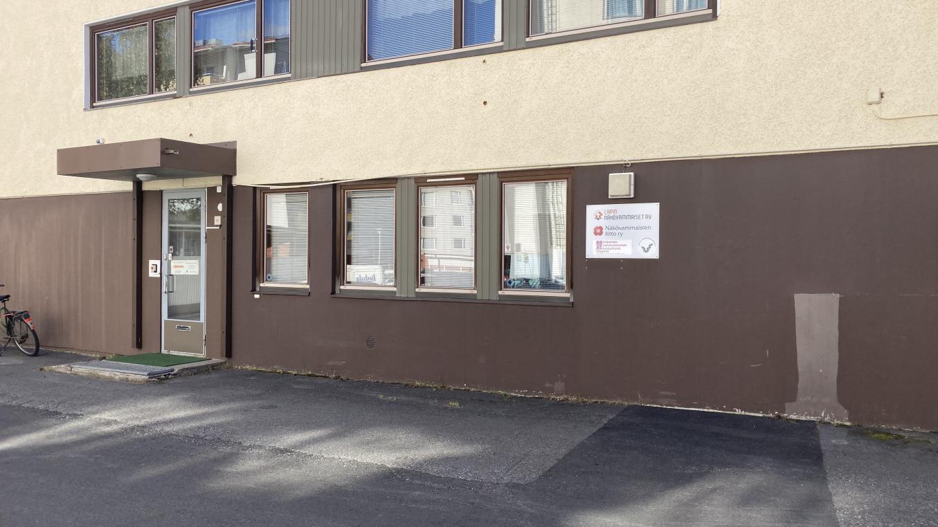 Lapin Näkövammaiset ry:n Palvelukeskuksen julkisivu.